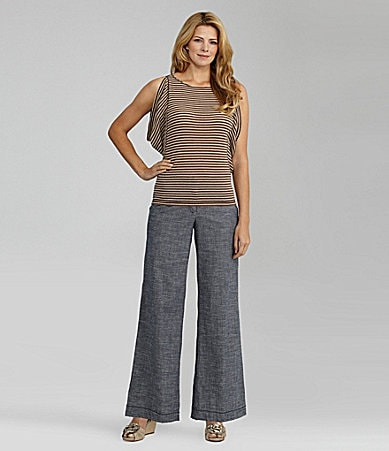 Nurture Split-Sleeve Stripe Top & Stretch Woven Pants