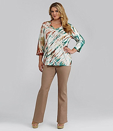 Reba Woman Tie-Dye 3/4-Sleeve Tee & Pull-On Khaki Pants