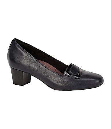 Clarks Levee Delta Leather Pumps