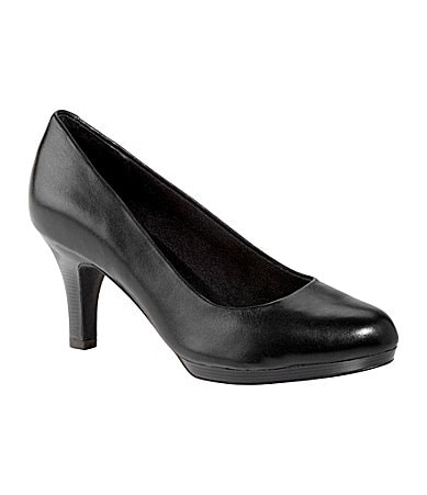 Clarks Tempt Appeal Classic Pumps