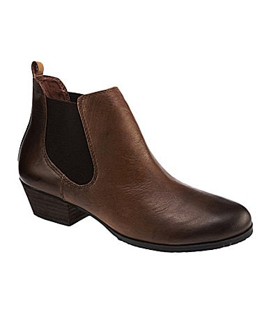 Vince Camuto Muse Leather Booties