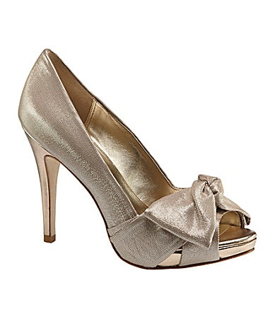 Pelle Moda Whitby Metallic Pumps
