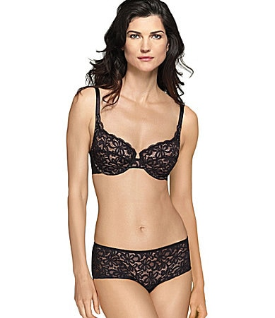 Wacoal All Dressed Up Underwire Bra & Boy-Leg Panty