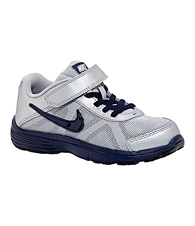 Nike Boy�s Dual Fusion TR3 Athletic Shoes