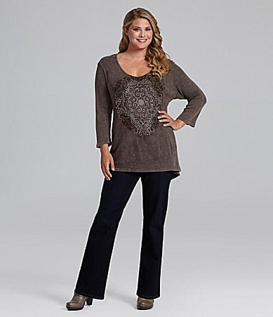 Reba Woman Lace-Back Tee & Straight-Leg Stretch Jeans