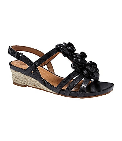 Nurture Verbena Wedge Sandals
