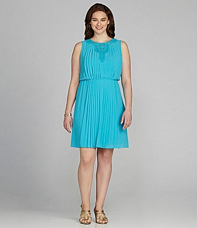 Jessica Simpson Woman Pleated Blouson Dress