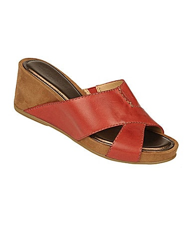 Naturalizer Pengo Slide Sandals