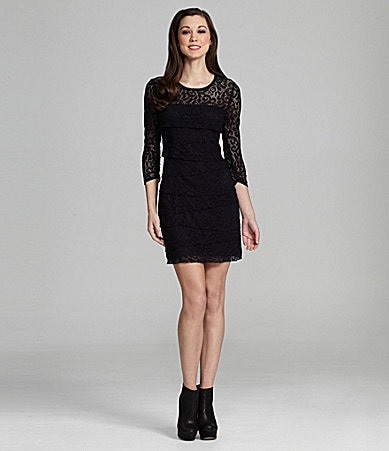 Laundry by Shelli Segal Tiered Lace Dress