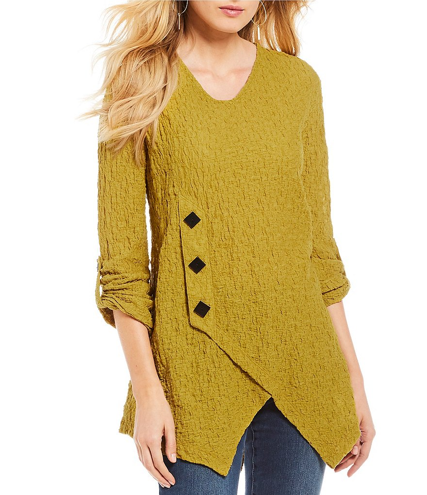Ali Miles Long Sleeve Asymmetric Hem Textured Knit Solid Top