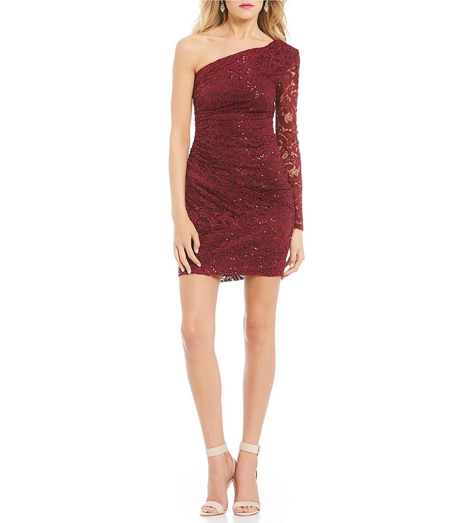B. Darlin One Sleeve Sequin Lace Sheath Dress