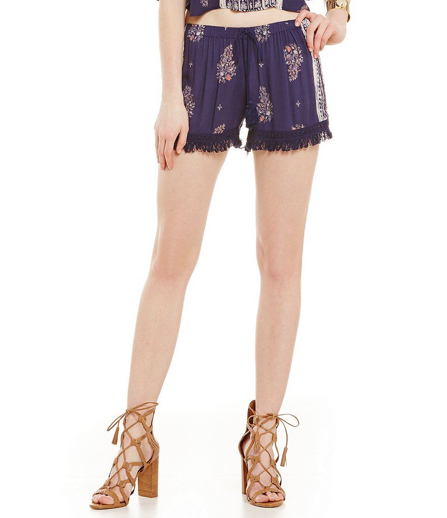 Band Of Gypsies Fringe Trim Short