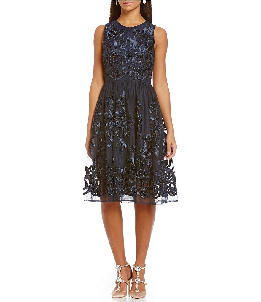 Belle Badgley Mischka Sleeveless Lace Midi Dress