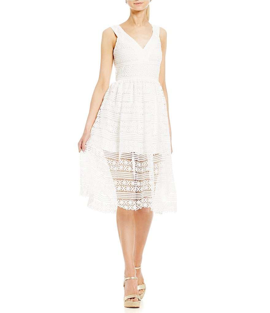 Belle Badgley Mischka V-Neck Crochet Lace Ruth Dress