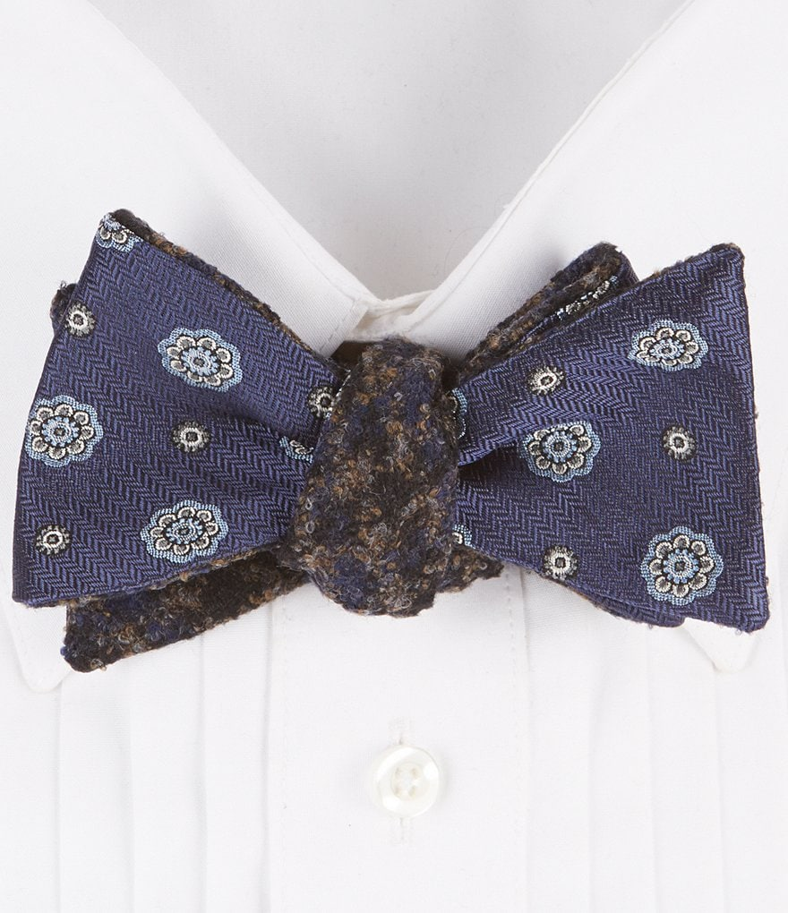 Brooks Brothers Spaced Medallion Silk Bow Tie