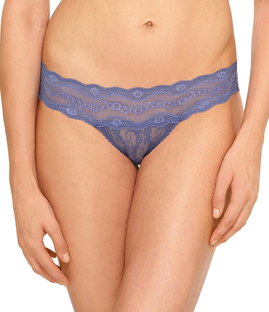 b.temptd by Wacoal Lace Kiss Thong