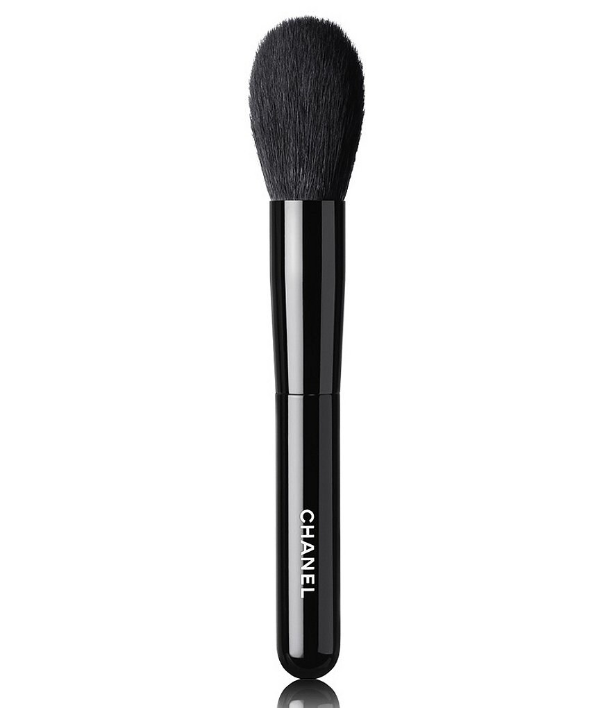 CHANEL LES PINCEAUX DE CHANEL POWDER BRUSH