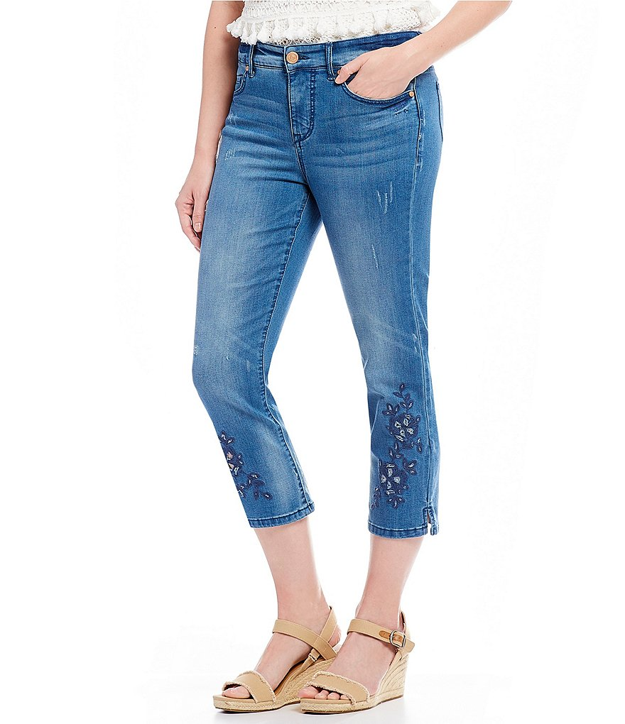 Code Bleu Chelsea Floral Embroidered Crop Jeans