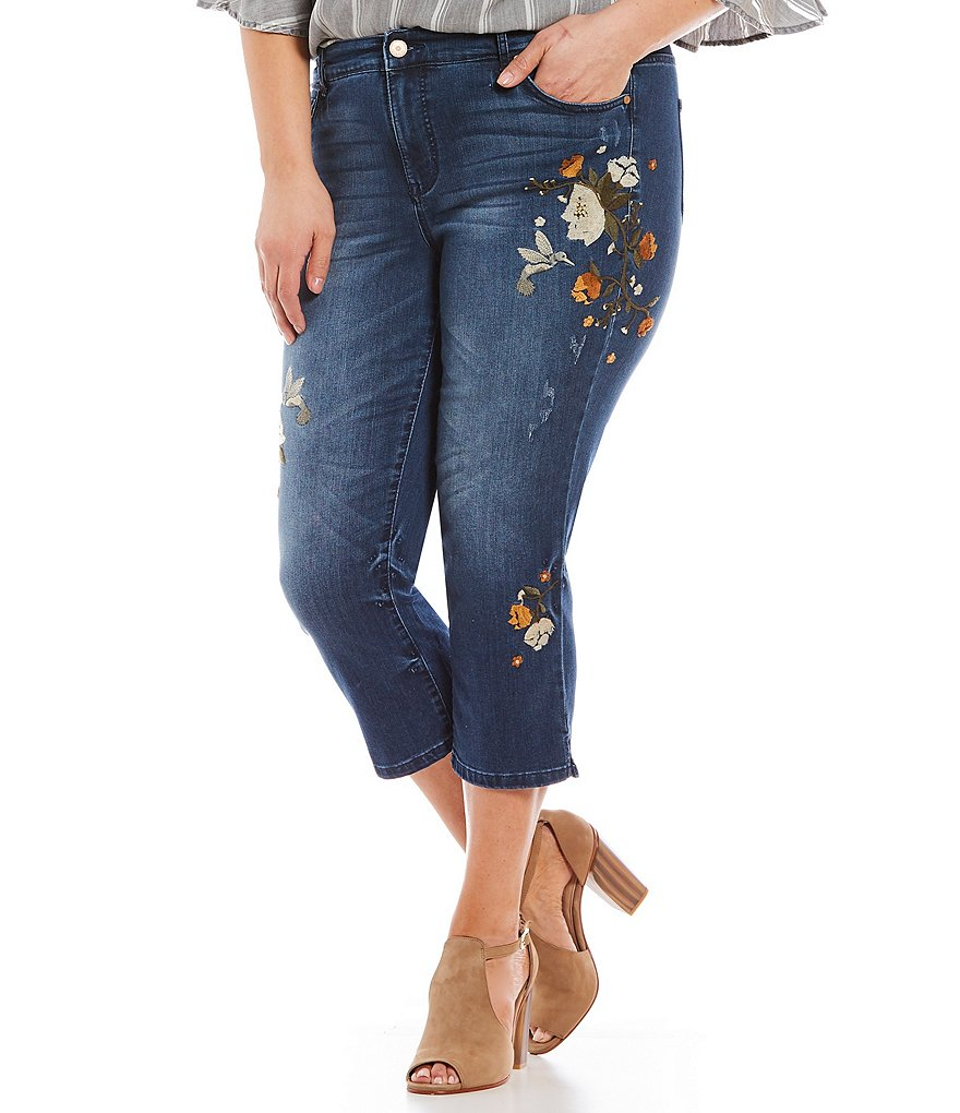 Code Bleu Plus Chelsea Floral Embroidered Crop Jeans