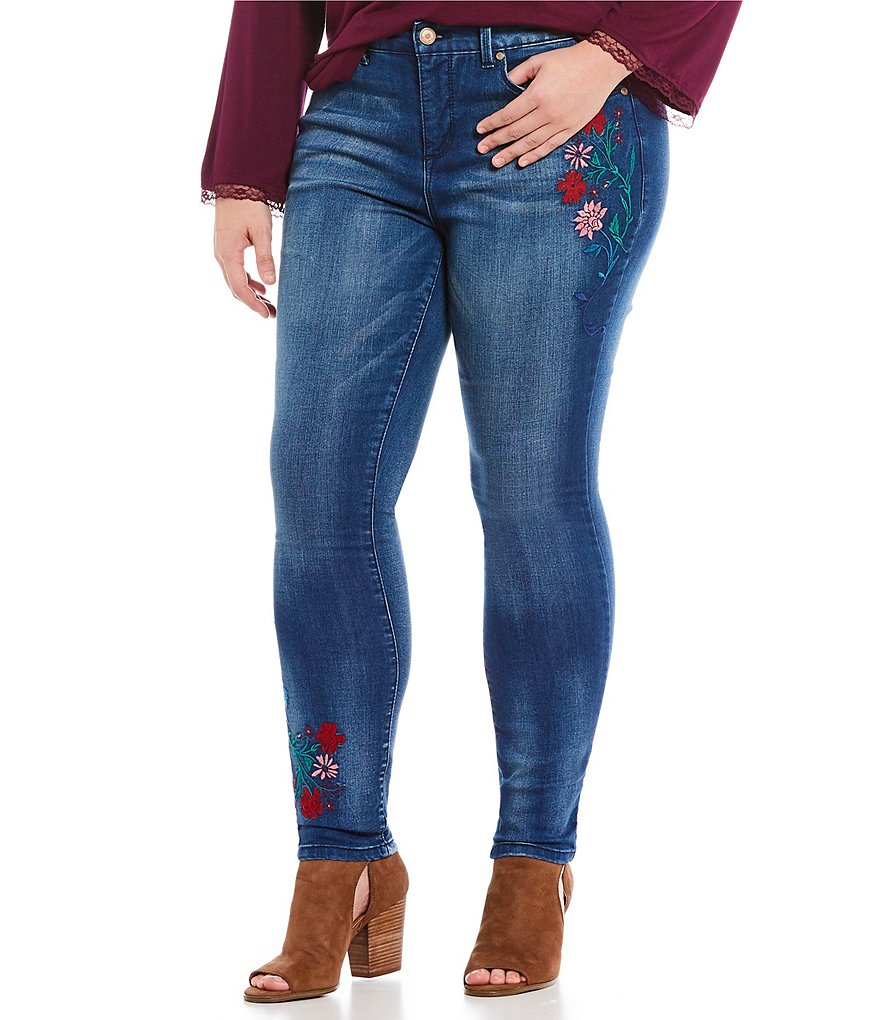 Code Bleu Plus Soho Floral Embroidered Skinny Jeans