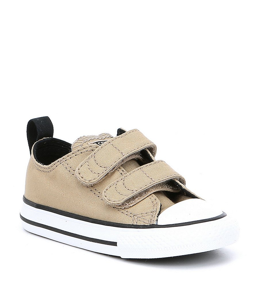 Converse Boys' Chuck Taylor® All Star® Canvas 2V Sneakers