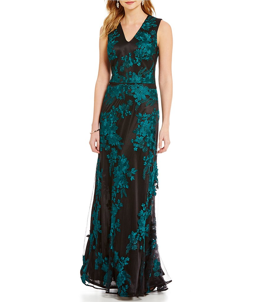 David Meister V-Neck Embroidered Lace A-Line Gown