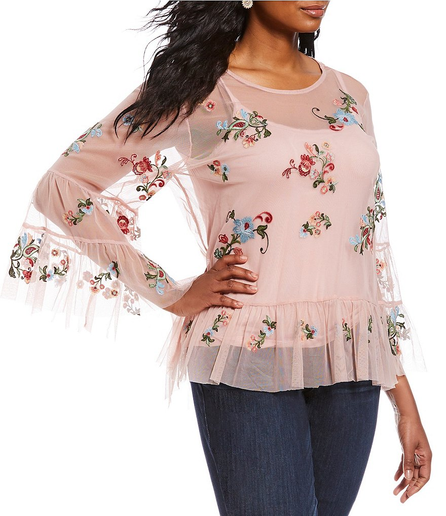 Democracy Plus 3/4 Tiered Sleeve Mesh Embroidered Flounce Hem Top