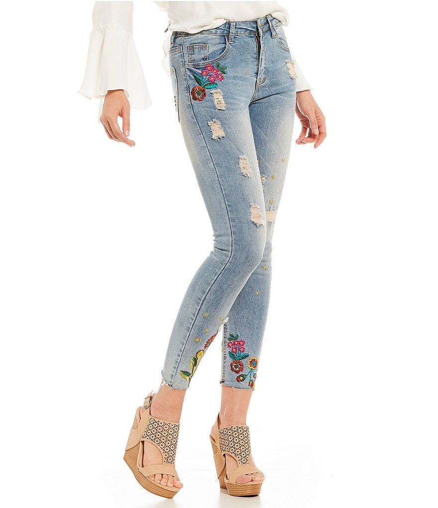 Gianni Bini Gia Embroidered Frayed Hem Jean