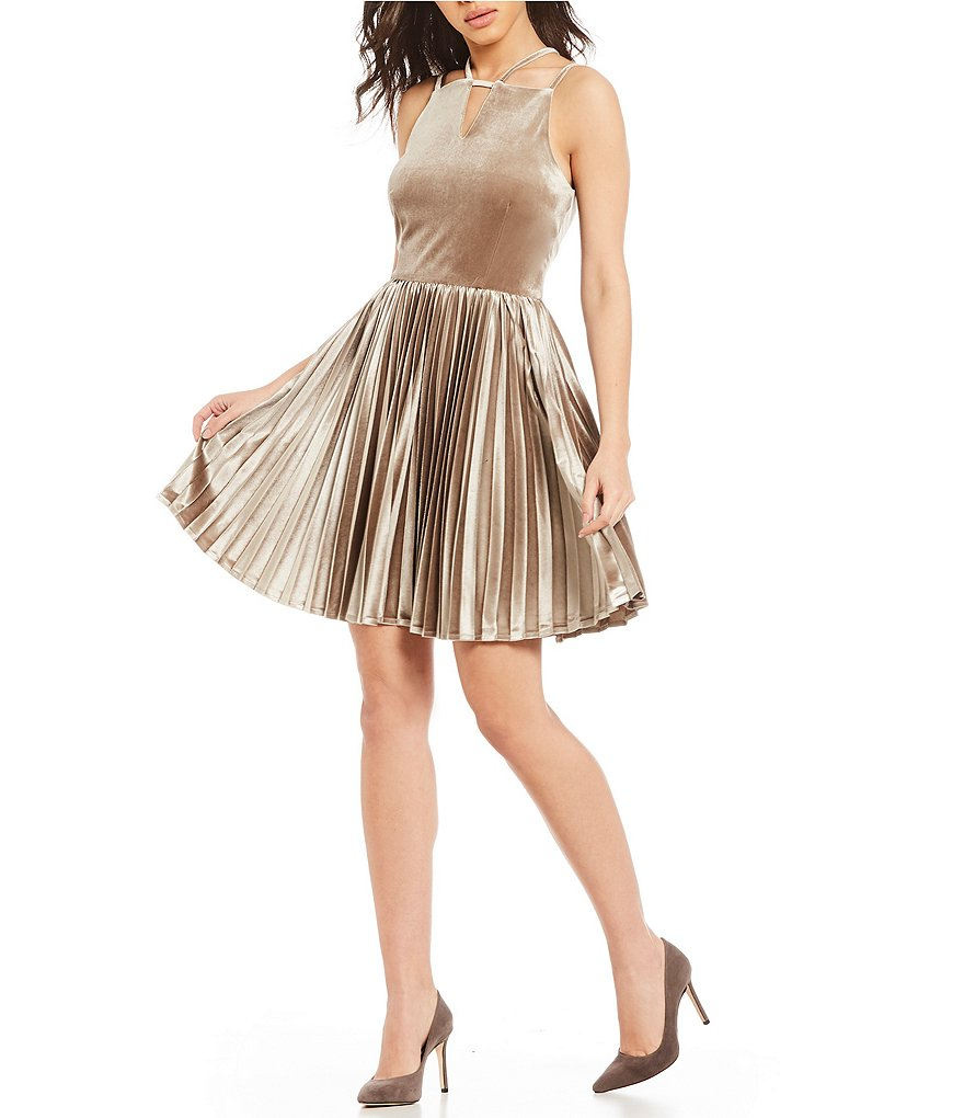 Gianni Bini Jenni Pleated Velvet Dress
