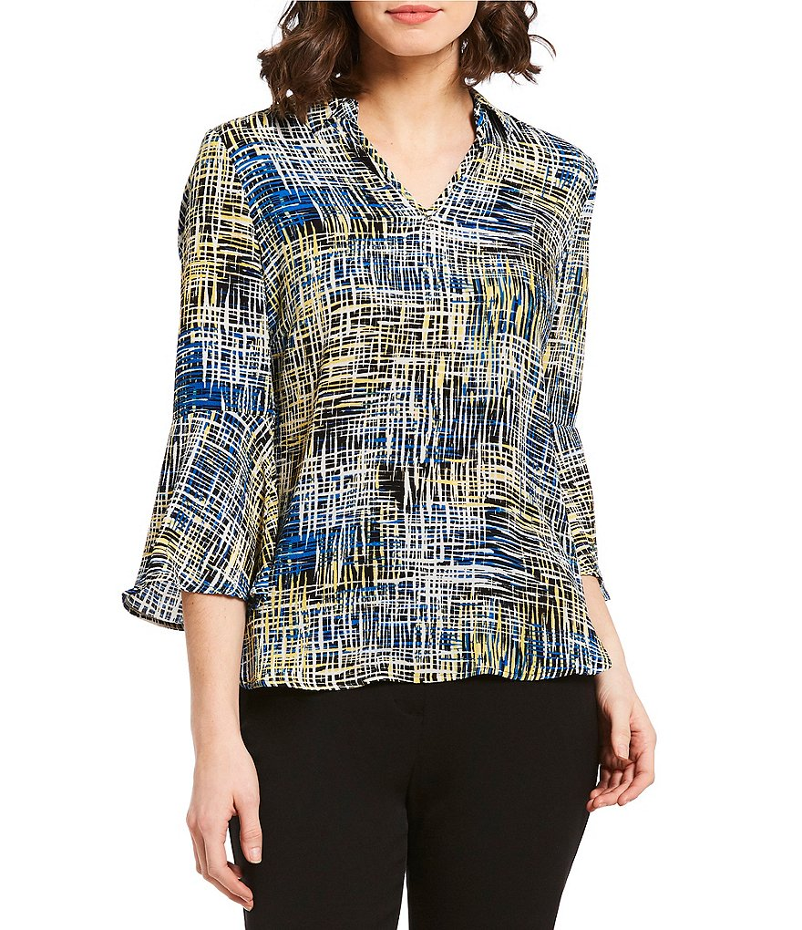 Investments Petites Scratch Print 3/4 Sleeve Split Top