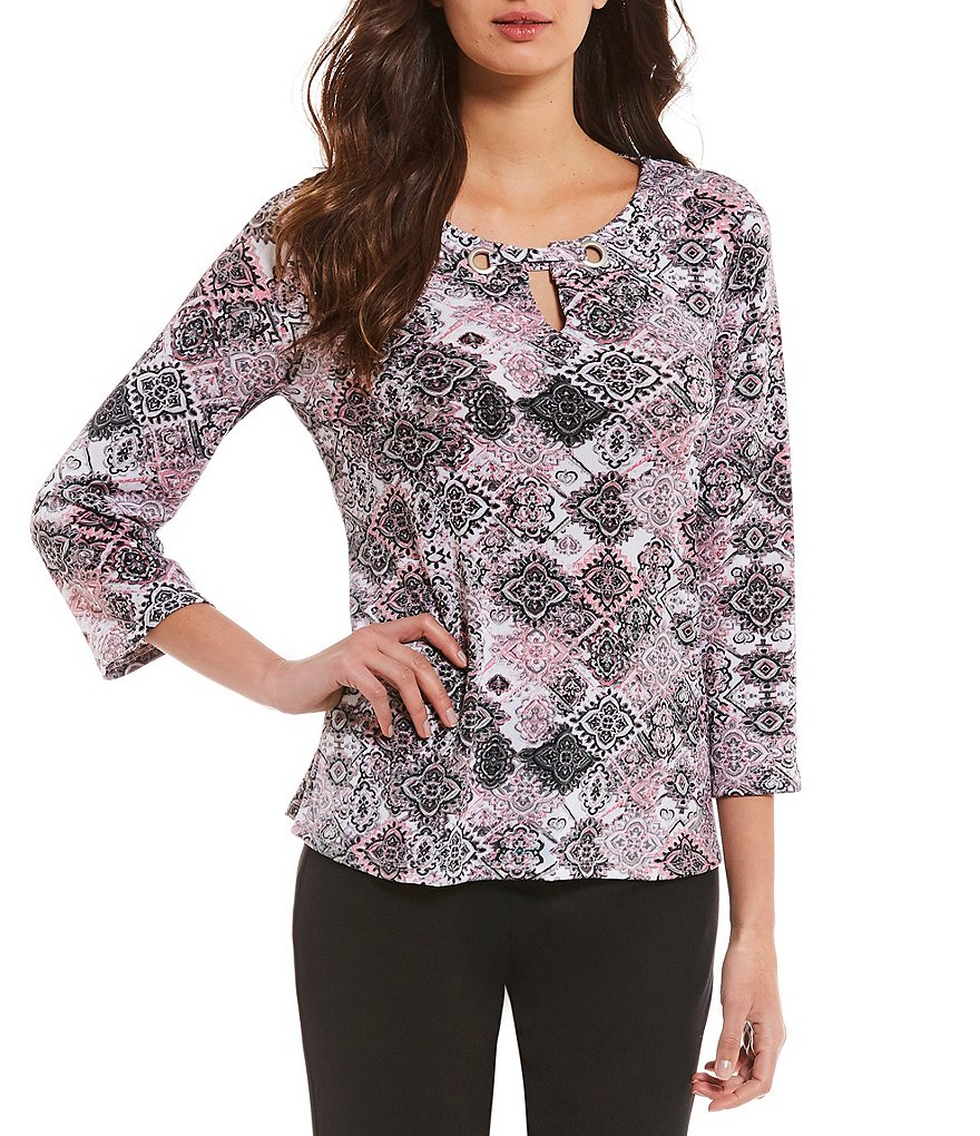 Investments Petites 3/4 Sleeve Mosaic Keyhole Top
