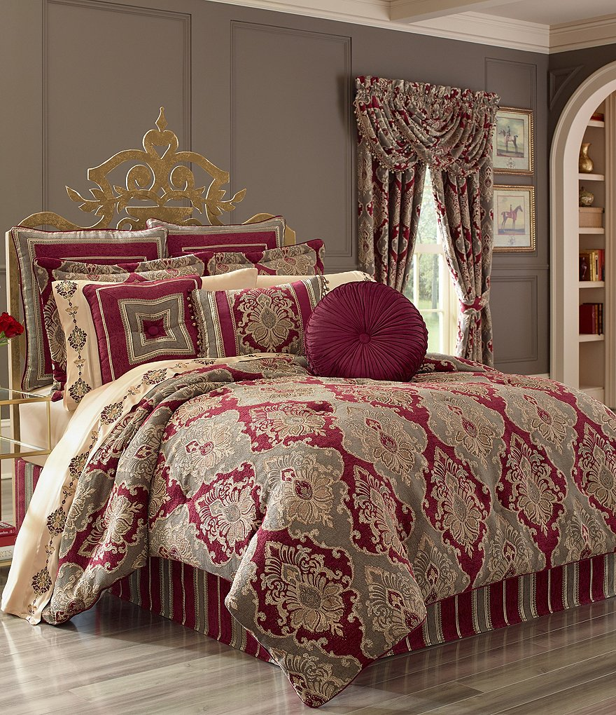 J. Queen New York Crimson Velvet-Piped Damask Comforter Set