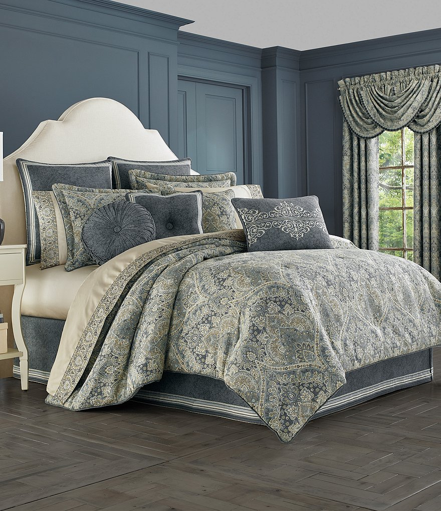 J. Queen New York Miranda Damask Comforter Set