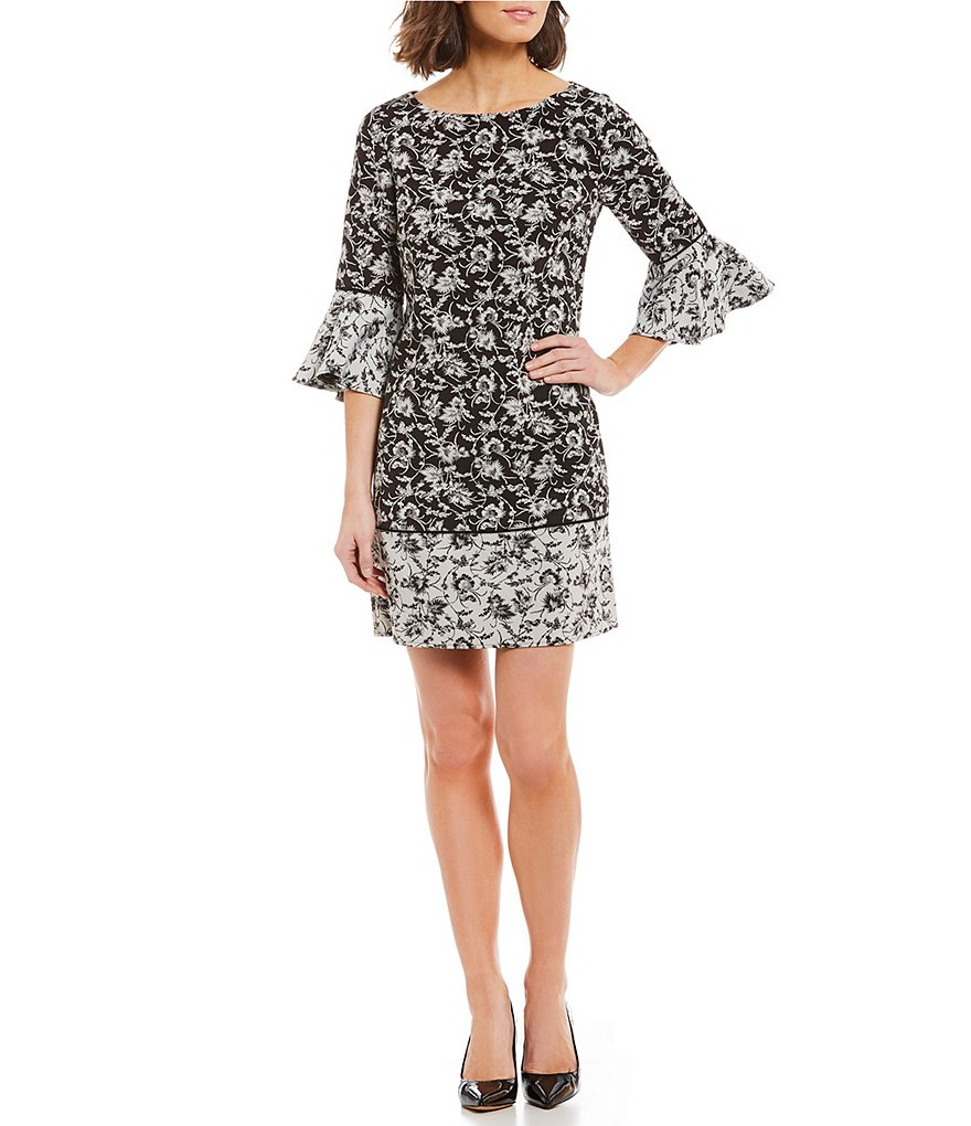 Jessica Howard Bell Sleeve Printed Shift Dress