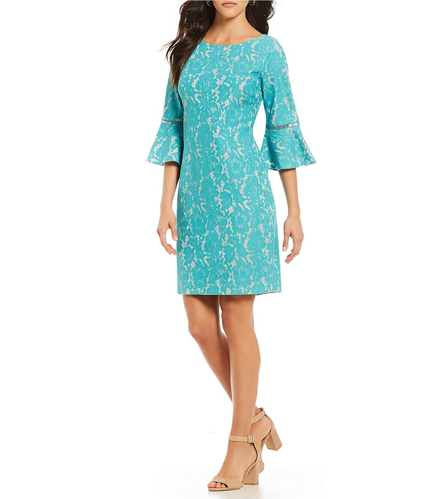Jessica Howard Petite Lace Bell Sleeve Dress