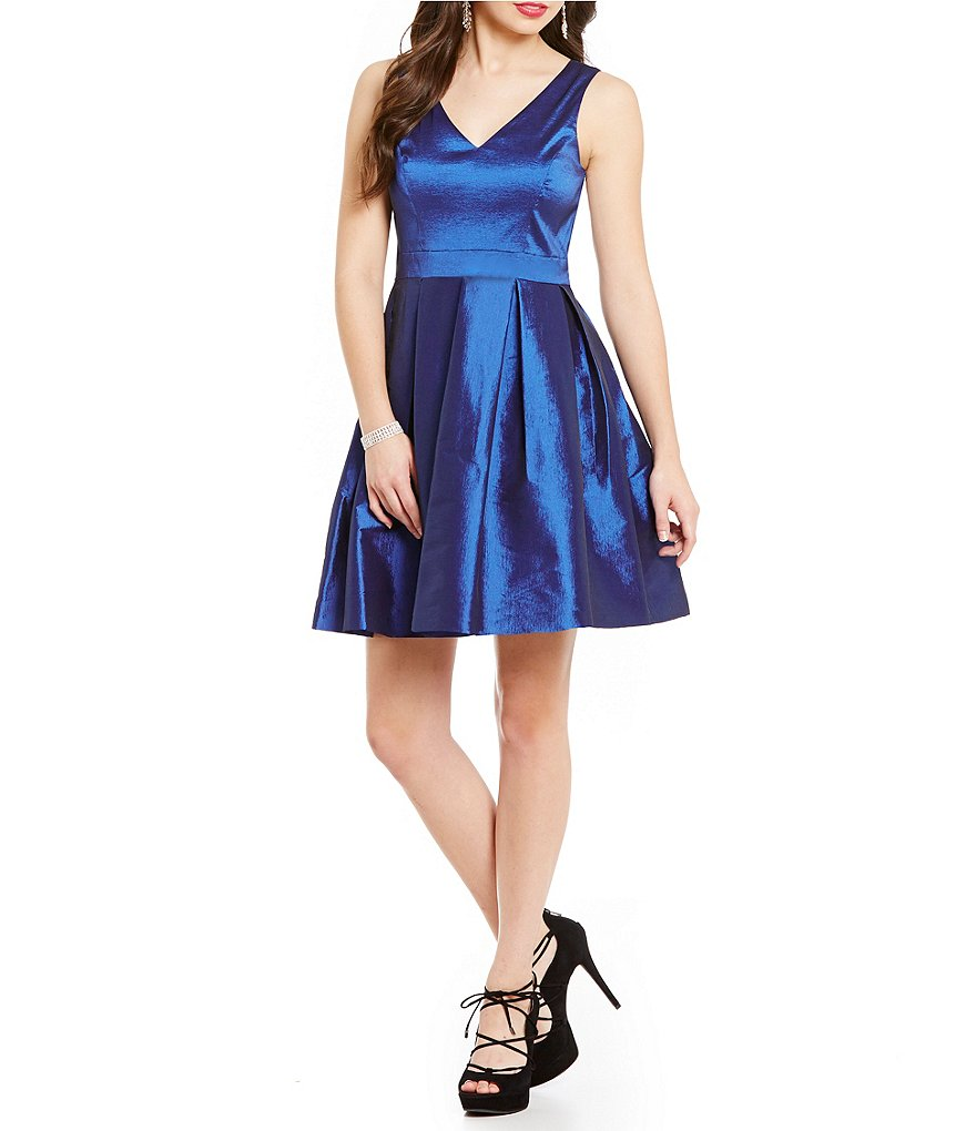 Jessica Simpson Taffeta Bow Back Dress