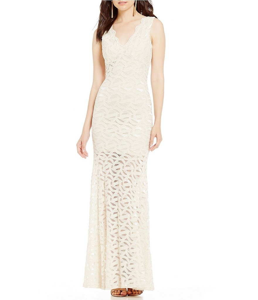 Jump Scalloped-Neck Open-Back Lace Trumpet Dress
