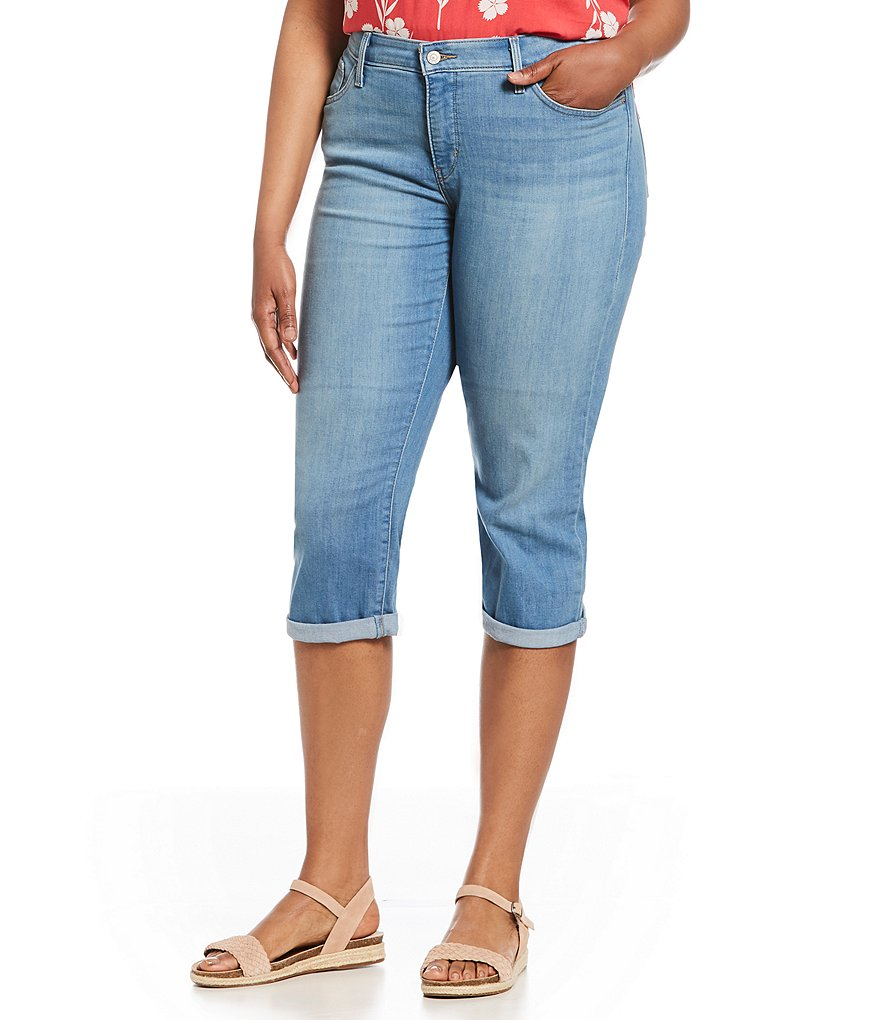 Levi's(R) Plus Shaping Capri