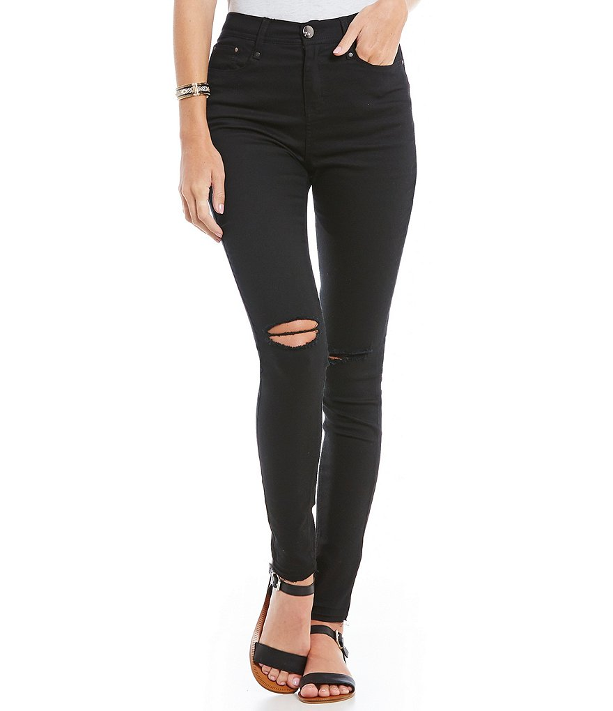Maddie 5-Pocket Destructed Jeans