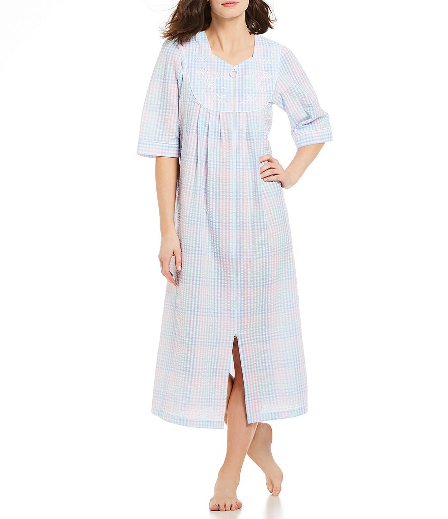 Miss Elaine Plaid-Print Seersucker Zip-Front Long Robe