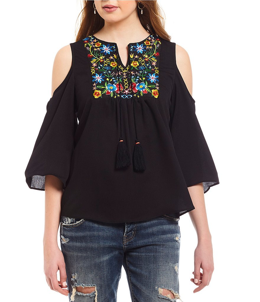 Moa Moa Cold-Shoulder Embroidered Top