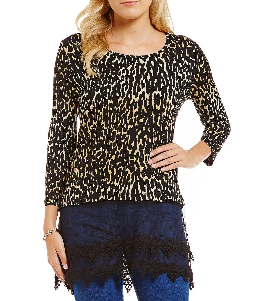 Mulitples Animal Print Accent Lace Detail Knit Tunic
