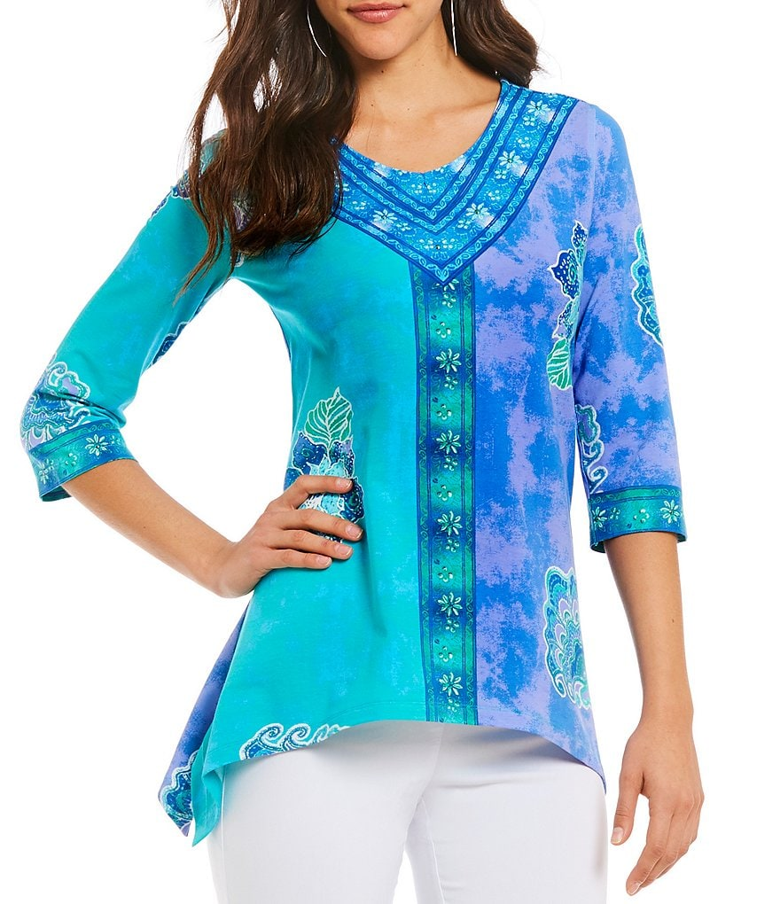 Multiples V-Neck Placement Print Sharkbite Tunic Top