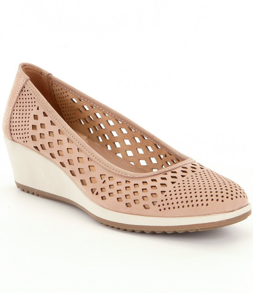 Naturalizer Brelynn Perforated Wedges