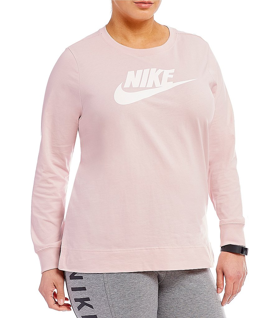 Nike Plus Sportswear Plus Long Sleeve T-Shirt