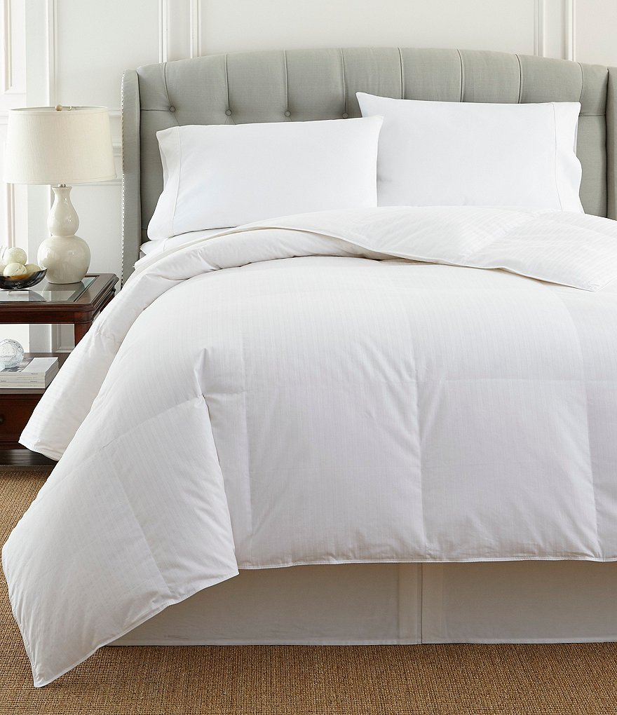 Noble Excellence 300-Thread-Count Luxurious Down Comforter