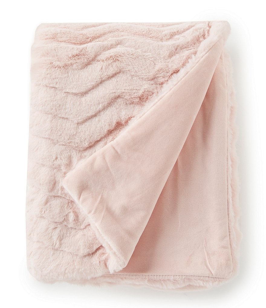 Noble Excellence Warm Shop Collection Eloise Faux-Fur Throw