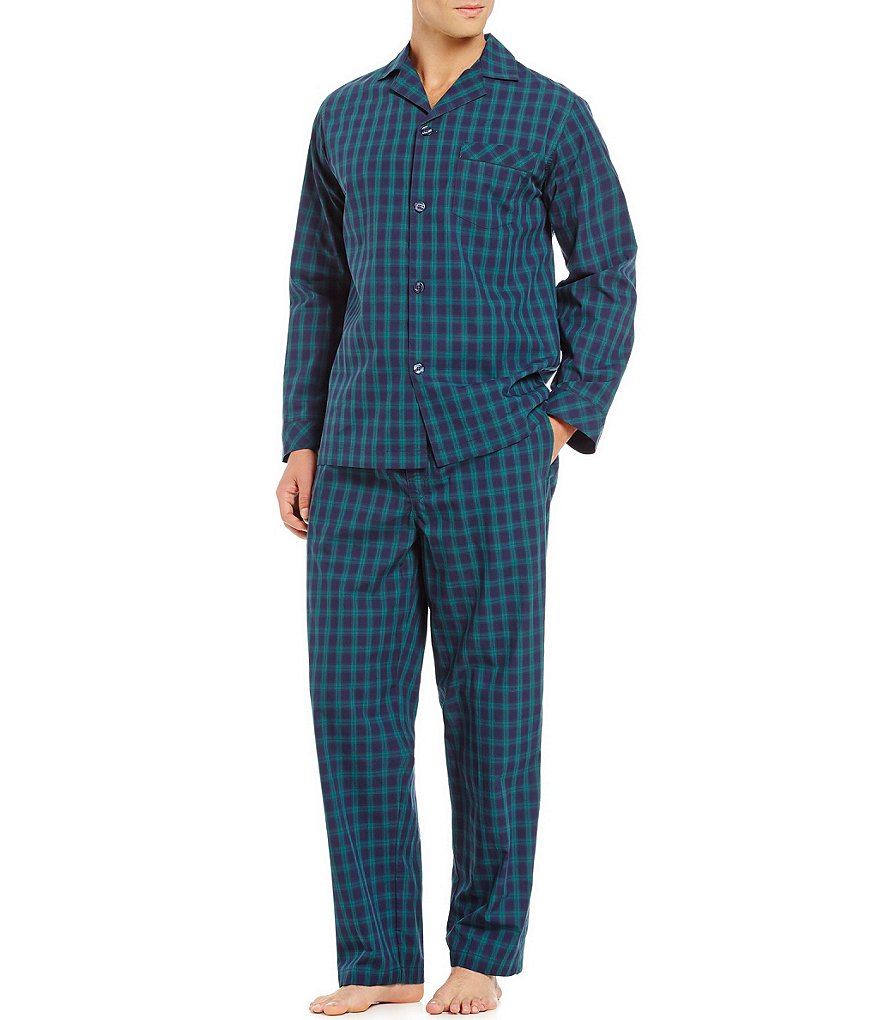 Roundtree & Yorke Long Sleeve Plaid Pajama Set