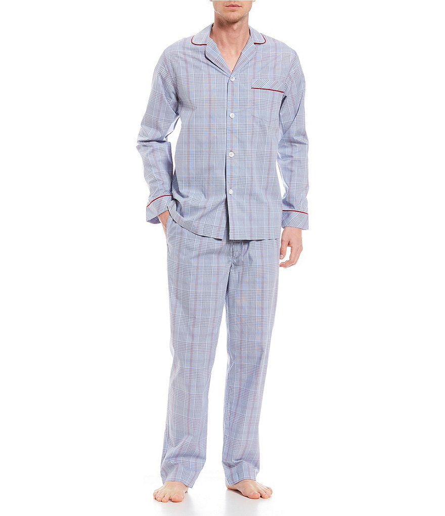 Roundtree & Yorke Plaid Pajama Set