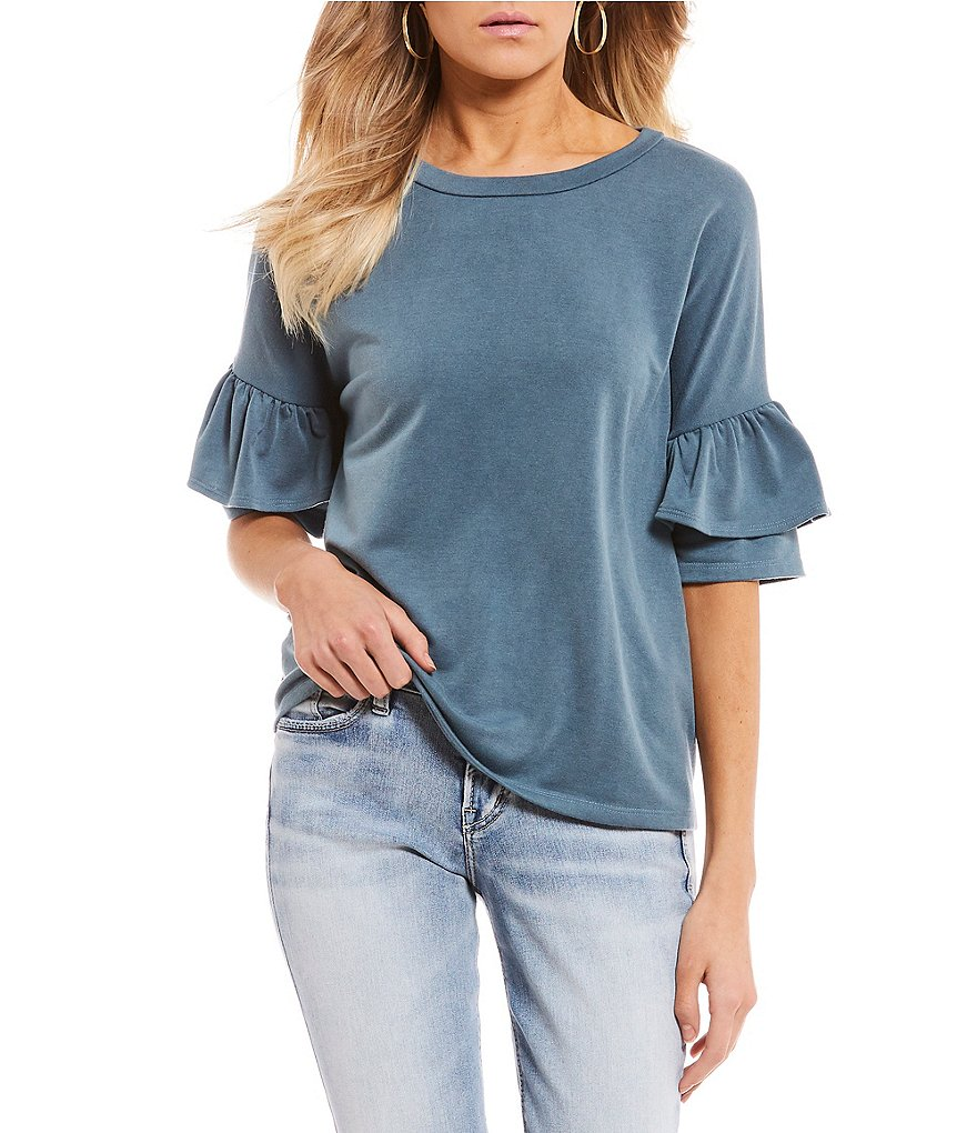 Soprano Tiered Ruffle Short Sleeve Top